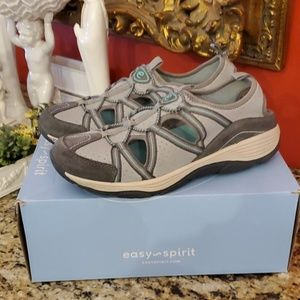 Easy~Spirit Vinson Sandals